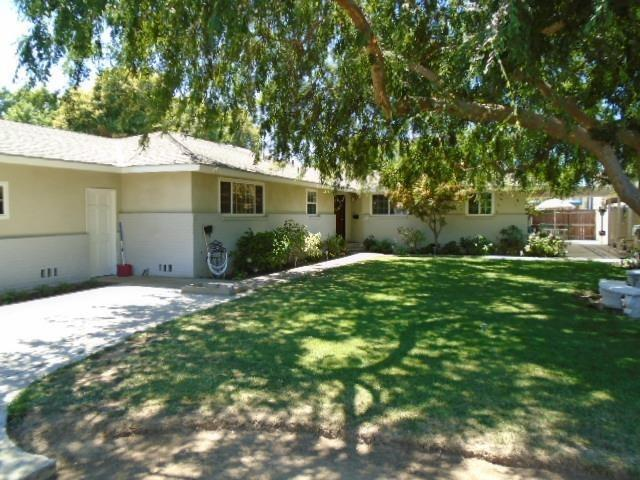 116 E Griffith Way, Fresno, CA 93704 (#528245) :: Raymer Realty Group