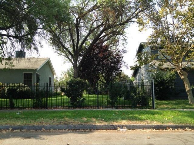 4618 E Montecito Avenue, Fresno, CA 93702 (#528667) :: Raymer Realty Group