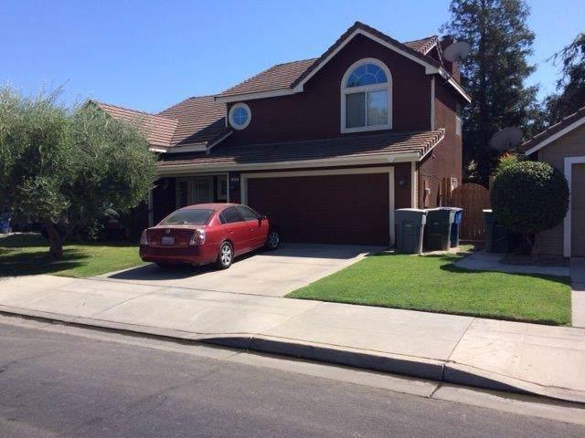328 W Fallbrook Avenue, Clovis, CA 93611 (#530430) :: Realty Concepts