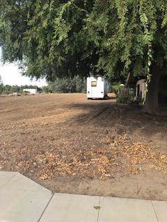 2898 Armstrong Avenue, Clovis, CA 93611 (#530556) :: Raymer Realty Group