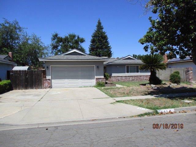 4419 N Laureen Avenue, Fresno, CA 93726 (#530756) :: Dehlan Group
