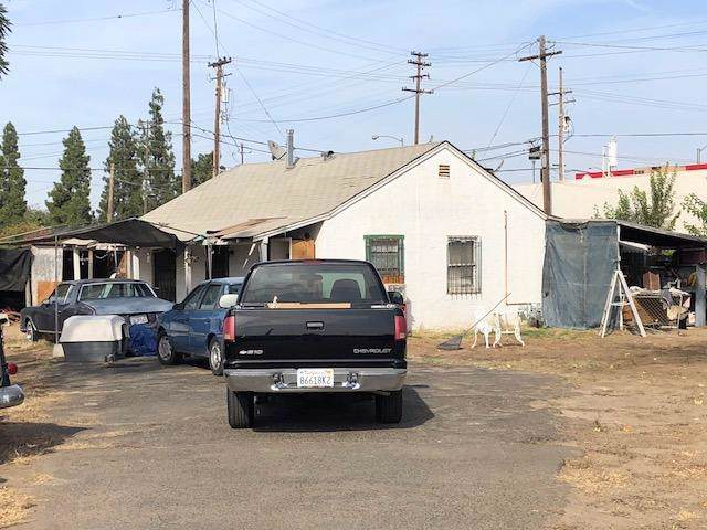 1578 N Weber Avenue, Fresno, CA 93728 (#532070) :: FresYes Realty