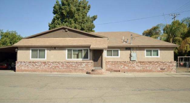 825 N Divisadero Street, Visalia, CA 93291 (#532221) :: Your Fresno Realtors | RE/MAX Gold