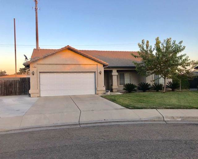 1003 Oak Court, Fowler, CA 93625 (#533011) :: Raymer Realty Group