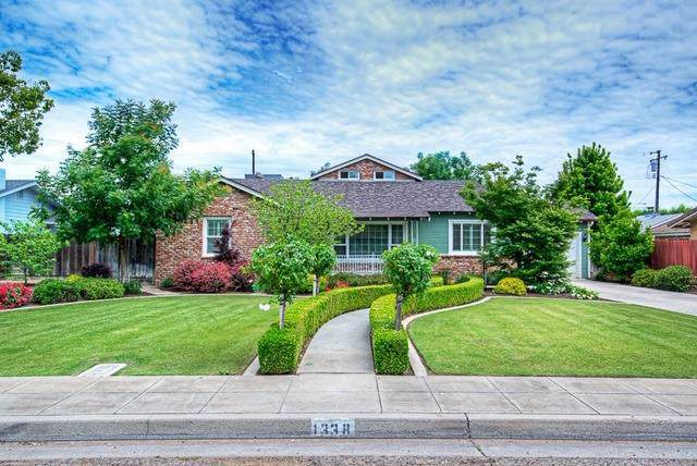 1338 21St Avenue, Kingsburg, CA 93631 (#533018) :: Your Fresno Realtors | RE/MAX Gold
