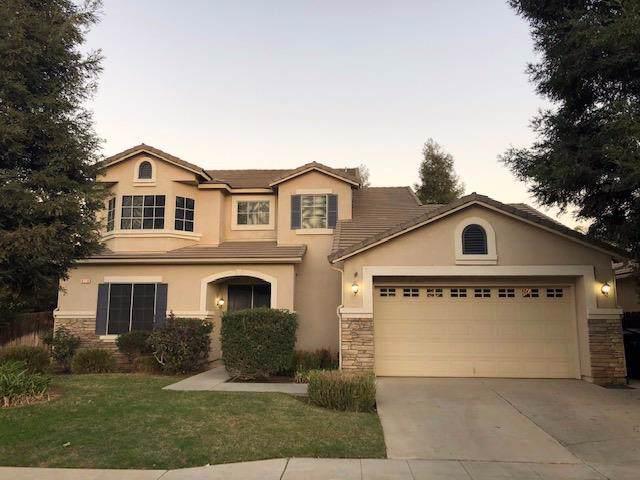 8238 N Winery Avenue, Fresno, CA 93720 (#533197) :: FresYes Realty