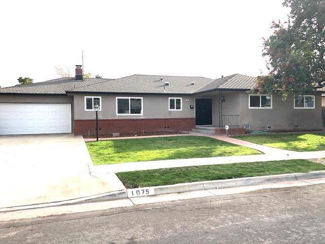 1075 E Paul Avenue, Fresno, CA 93710 (#533733) :: Dehlan Group