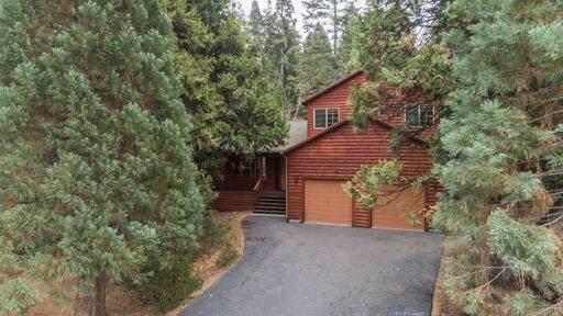 41978 Gray Rock, Shaver Lake, CA 93664 (#534063) :: FresYes Realty