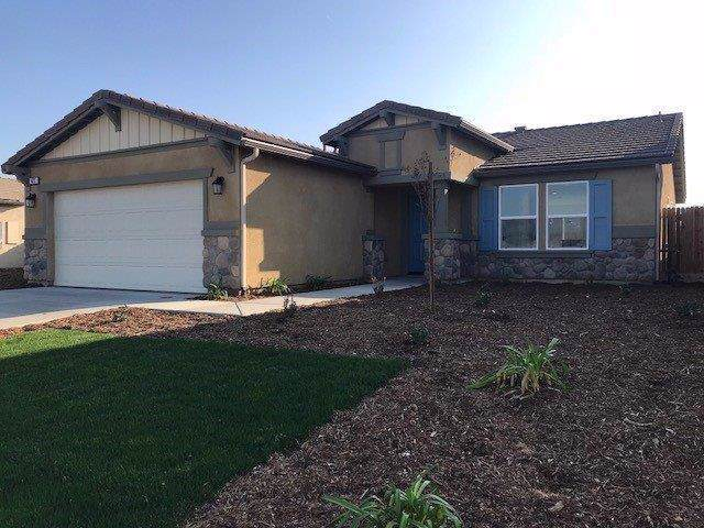 423 E Dove Avenue, Visalia, CA 93291 (#534275) :: Your Fresno Realtors | RE/MAX Gold