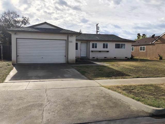5928 E Fedora Avenue, Fresno, CA 93727 (#534353) :: FresYes Realty