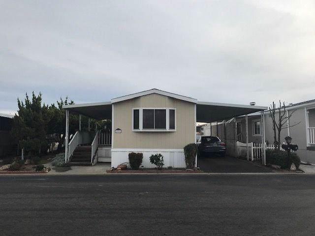 221 W Herndon #99, Fresno, CA 93650 (#534862) :: Twiss Realty