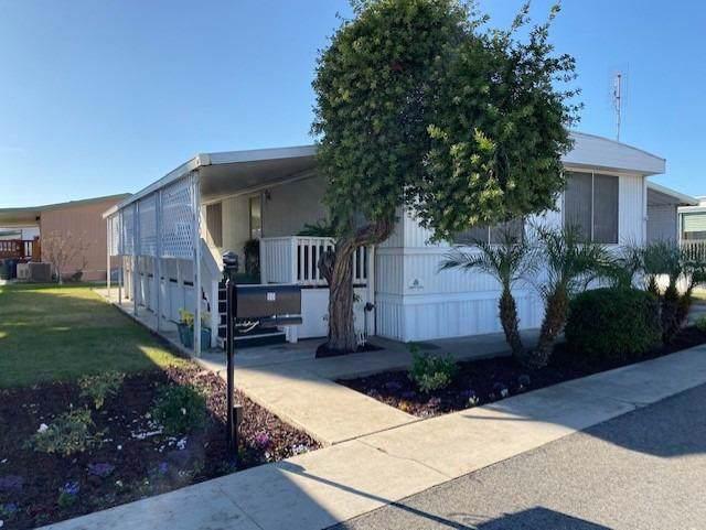 1500 Villa #90, Clovis, CA 93612 (#534888) :: FresYes Realty