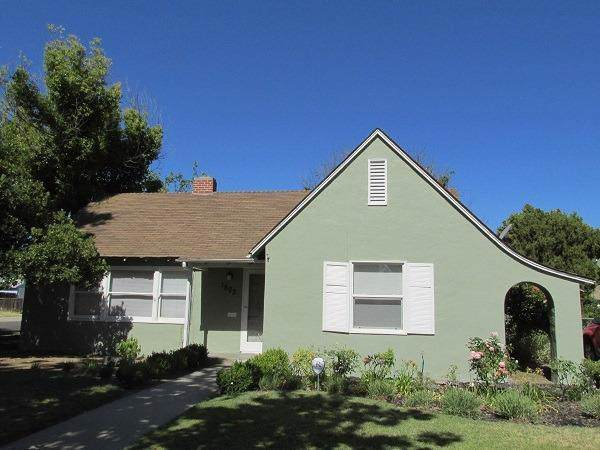 1503 N Harrison Avenue, Fresno, CA 93728 (#535695) :: Twiss Realty