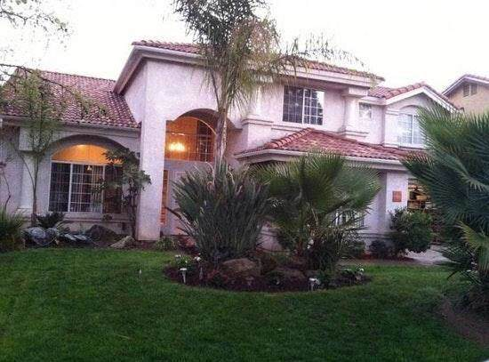 1839 E Cole Avenue, Fresno, CA 93720 (#536153) :: Your Fresno Realtors | RE/MAX Gold