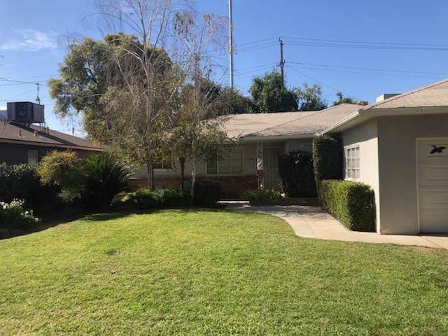 4545 N Bond Avenue, Fresno, CA 93726 (#536697) :: FresYes Realty