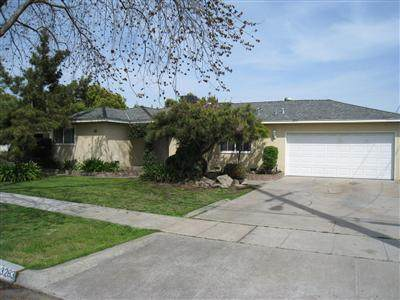 3283 E Simpson Avenue, Fresno, CA 93703 (#537217) :: FresYes Realty