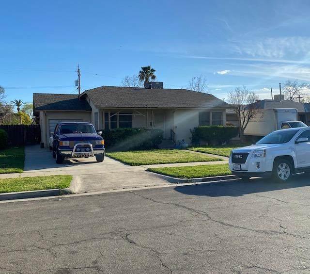 1203 W Pontiac Way, Fresno, CA 93705 (#539238) :: FresYes Realty