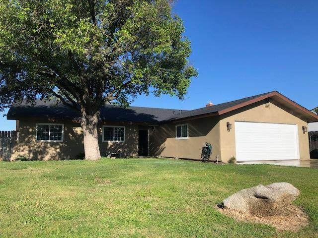 645 Orangewood Drive, Lemoore, CA 93245 (#539747) :: FresYes Realty
