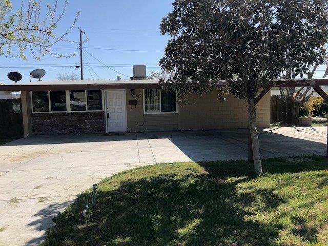 300 E Santa Clara Street, Avenal, CA 93204 (#541753) :: Raymer Realty Group