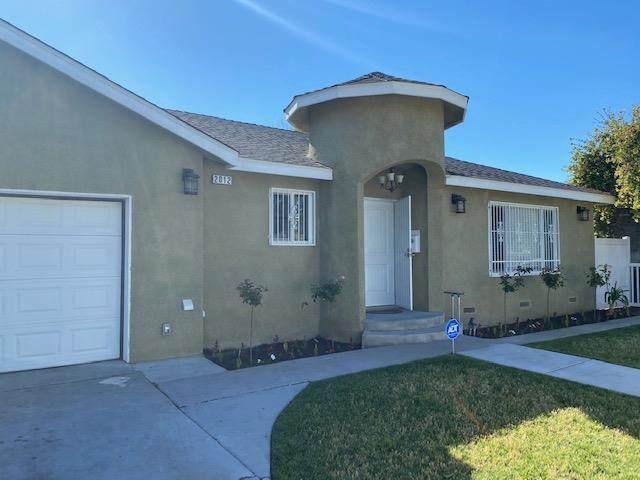 2012 S Chestnut Avenue, Fresno, CA 93702 (#542384) :: FresYes Realty