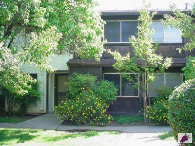 4767 N Cedar Avenue #103, Fresno, CA 93726 (#544038) :: FresYes Realty