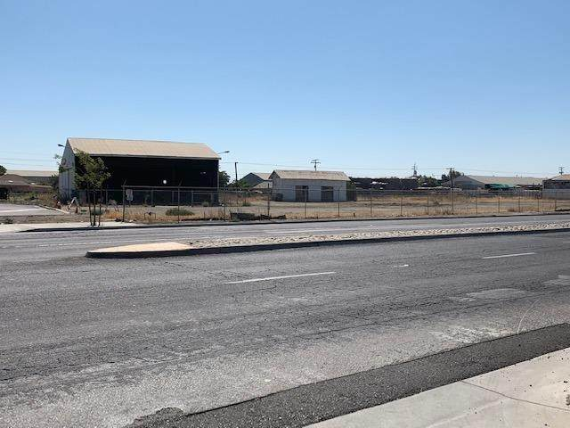 1467 N Street, Firebaugh, CA 93622 (#545417) :: Raymer Realty Group