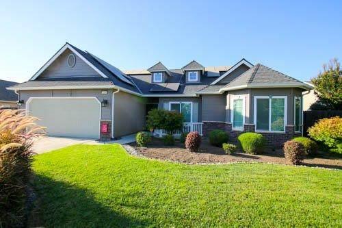 3210 W Wren Avenue, Visalia, CA 93291 (#545860) :: Your Fresno Realty | RE/MAX Gold