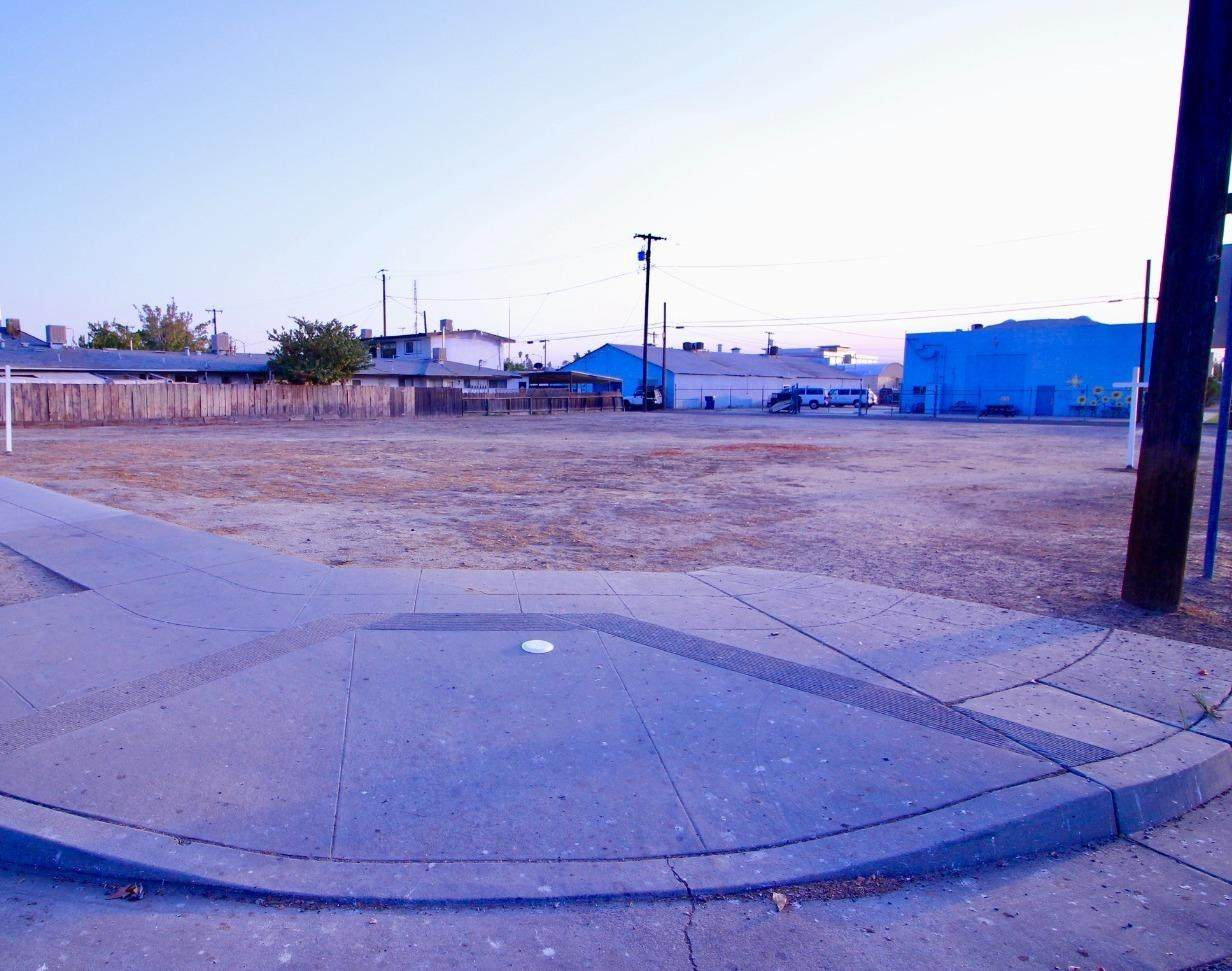 324 D Street - Photo 1