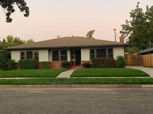 2446 N Adoline Avenue, Fresno, CA 93705 (#550085) :: FresYes Realty