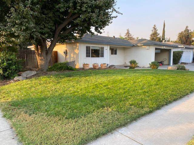 1937 W Donner Avenue, Fresno, CA 93705 (#550269) :: Your Fresno Realty   RE/MAX Gold