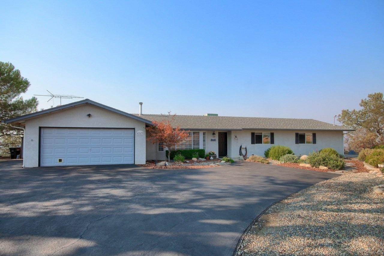 41639 Lilley Mountain Drive - Photo 1