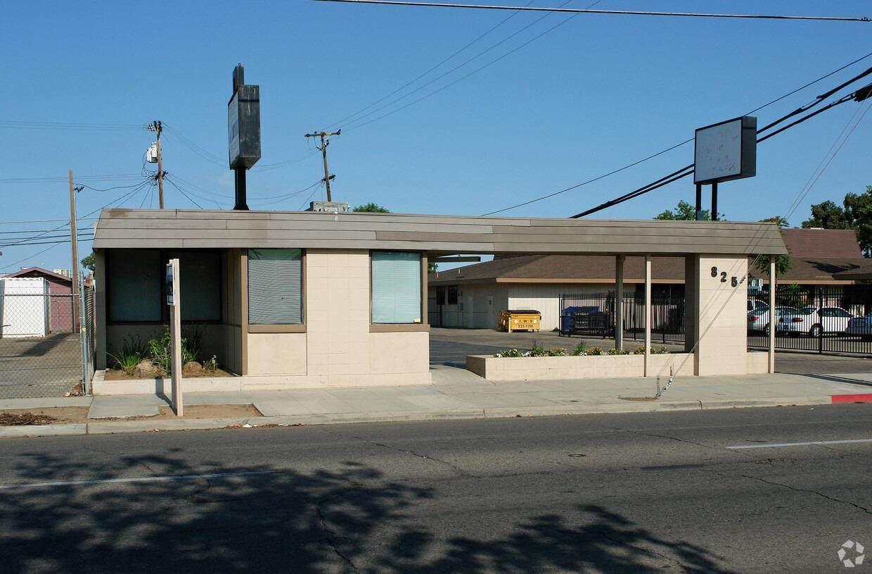 825 Abby Street - Photo 1