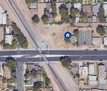 1131 E Clinton Avenue, Fresno, CA 93704 (#554637) :: Raymer Realty Group