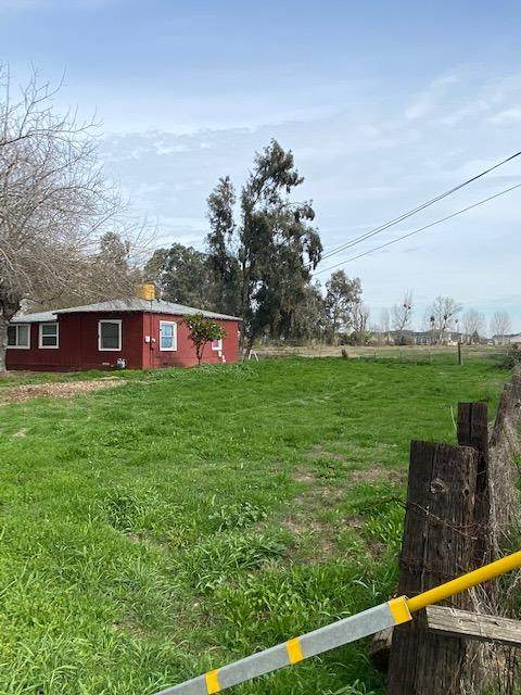 3404 Mckee Road, Merced, CA 95340 (#554897) :: FresYes Realty