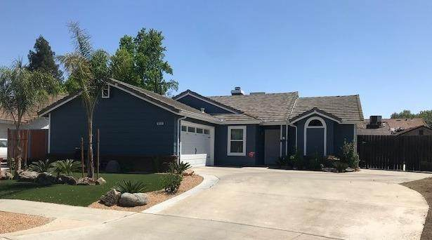 6046 N Hazel Avenue, Fresno, CA 93711 (#557931) :: Your Fresno Realty | RE/MAX Gold