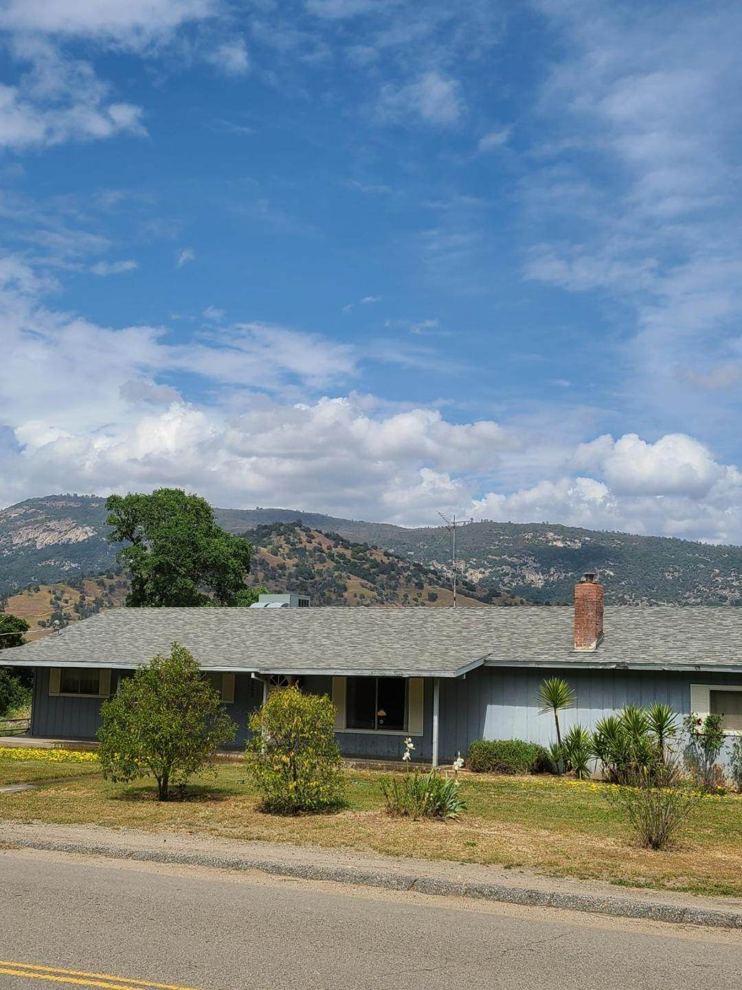 28562 Burrough Valley Road - Photo 1