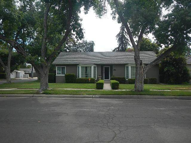 2942 N Farris Avenue, Fresno, CA 93704 (#561089) :: Twiss Realty