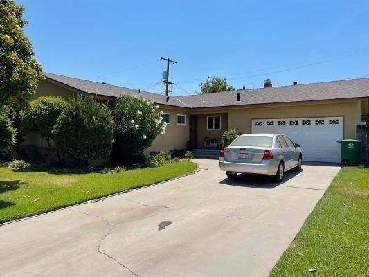 15431 W C Street, Kerman, CA 93630 (#562113) :: Raymer Realty Group