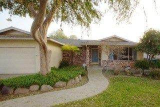 3339 E Sierra Avenue, Fresno, CA 93710 (#563420) :: Raymer Realty Group