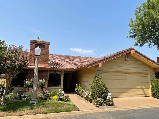 6187 N West Avenue, Fresno, CA 93711 (#563634) :: Raymer Realty Group
