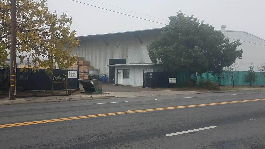 1324 Academy Avenue - Photo 1