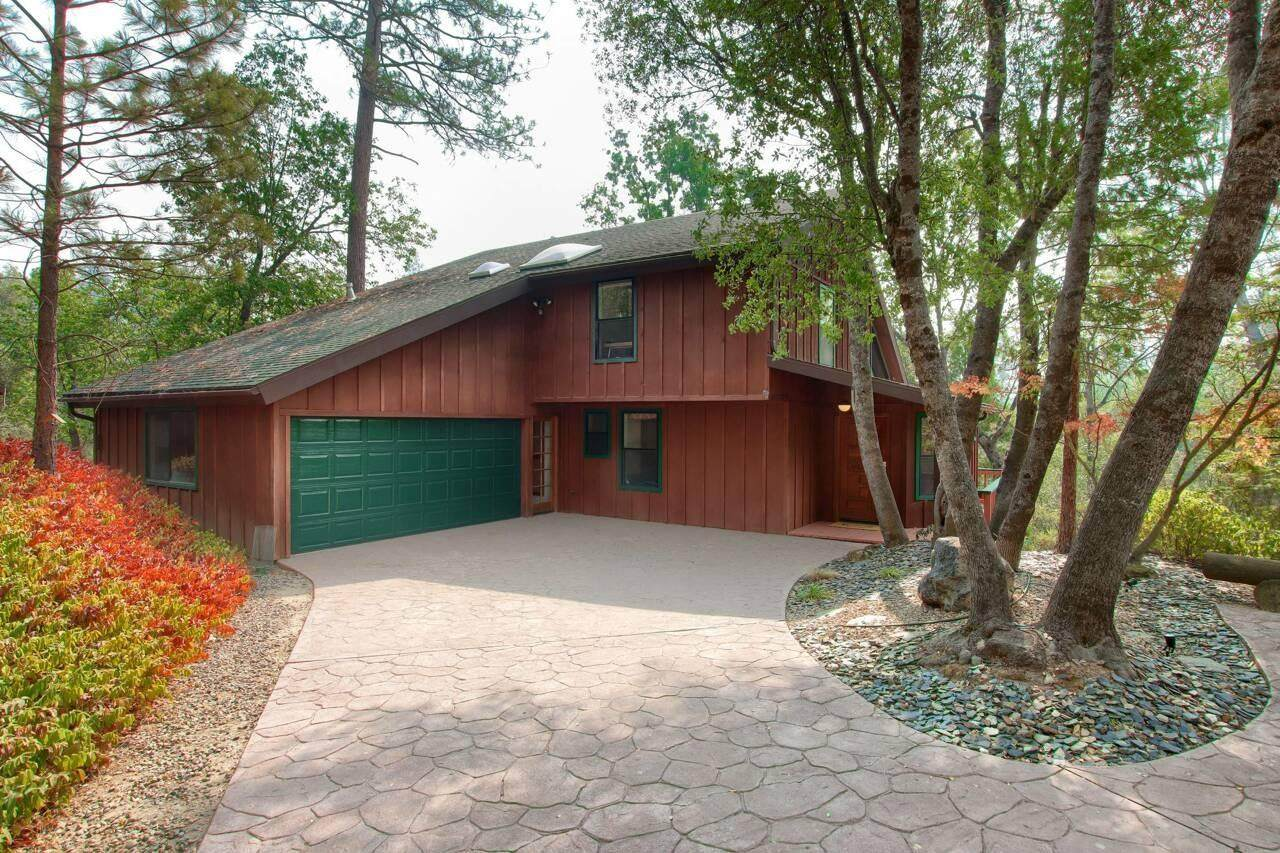 54884 Merry Gale Way - Photo 1