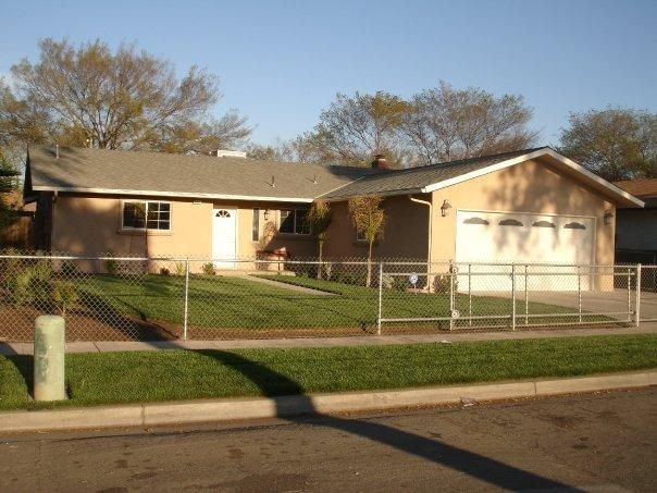 1621 S Recreation Avenue, Fresno, CA 93702 (#499167) :: FresYes Realty