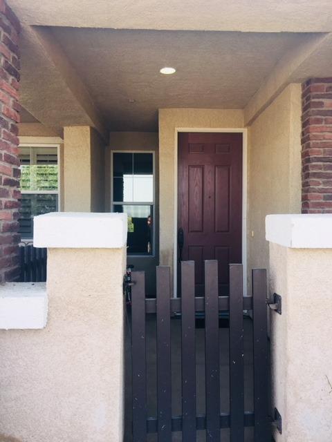 1281 W Walter Avenue W #13, Fowler, CA 93625 (#507457) :: Soledad Hernandez Group