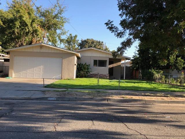 185 Cedar, Atwater, CA 95301 (#511672) :: FresYes Realty
