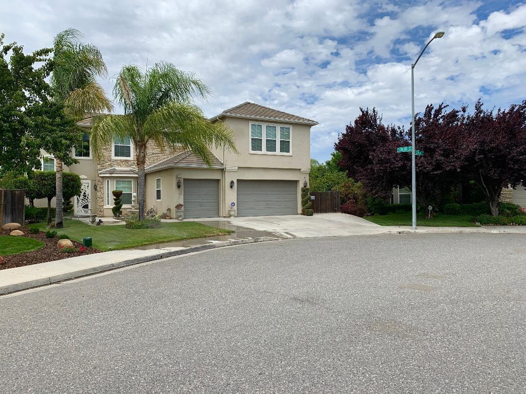 6224 Los Altos Avenue - Photo 1