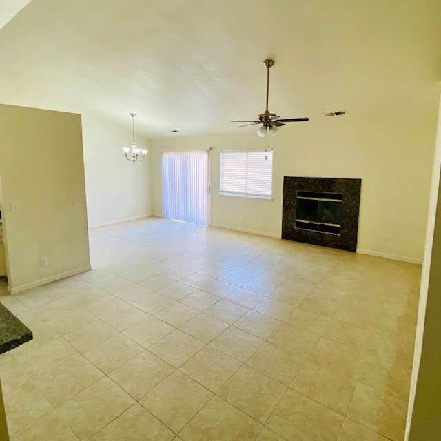 1373 Seneca Drive, Madera, CA 93637 (#532312) :: Your Fresno Realtors | RE/MAX Gold