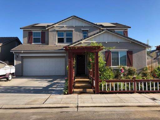 3577 Lincoln Avenue, Clovis, CA 93619 (#533383) :: FresYes Realty