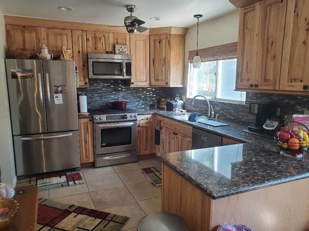 36327 Kings Canyon Road - Photo 1