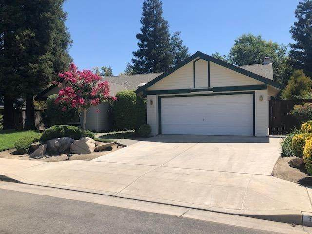 793 E Wood Duck Circle, Fresno, CA 93730 (#546010) :: Realty Concepts